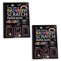 2 adet Büyük Sihirli Renk Gökkuşağı Kazı Kazan Sanat Kağıt Not Kitabı Tamamen Siyah Çizim 210330