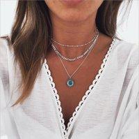 Collar de tres capas Bead Figaro Cadena de piedra pegada colgante redondo, collar de metal plateado de plata antiguos