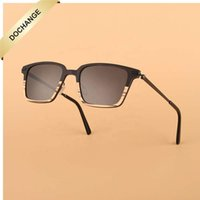 2021 Willale Holz Sonnenbrille Männer Schatten Optische Rahmen Metallkohlenstoff Günstige Brille Blaues Licht