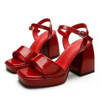 Zapatos de mujer de verano Tacones altos 9cm con plataforma Punta abierta Casual Sandalias Mujer Patente Bombas de cuero 3 Colores Ouyyyogo