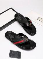 2021スリッパ男性スライドサンダルデザイナーシューズ高級スライド夏ファッションワイドフラットスリッパ厚いサンダルスリッパフリップフロップのボックスサイズ39-45 -E172
