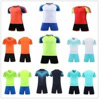 20 21 Jersey de football blanc sur mesure Chemises d'équipe personnalisées avec nom de conception imprimée Shorts et numéro 11106