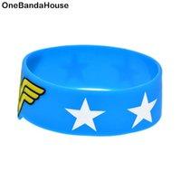 Charm armband 1pc blå och svart 1 tum bred underbar kvinna silikon armband