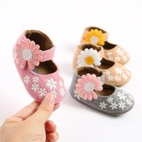 First Walkers 2021 Baby Shoes Sweet Little Flower Girl Casual Soft Soled Toddler Frist Walking