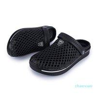 Luxurys Designers Shoes Outdoor Sandals for Men Women Water Shoes Light Weight Breathable Trekking Sandals Garden Clogs Beach Aq