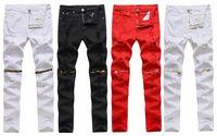 الرجال الجينز بالجملة للرجال 2021 الأزياء الأحمر / أبيض / أسود الدنيم الركبة سستة ملهى ليلي الشارع الشهير رجل pantalones الهيب هوب بنطلون