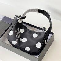 2021 Projeto de estilo esportivo prevalente Médio Bag de Armpit Mulheres Bolsa de Mulheres Grande Capacidade Moda bonito 8 Cores