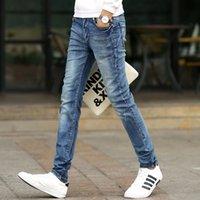 Jeans di primavera e autunno jeans sottile gambe coreane lunghe pantaloni casual moda casual da uomo maglietta e giacca