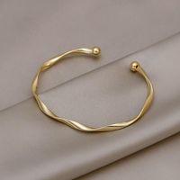 Link, Chain Twisted Pattern Simple Fashion Bracelet High Sense Of Ins Tide Niche Design Girlfriends Cold Wind Jewelry Women