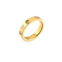 1 pieces luxus designer schmuck frauen ringe 18k gold titanium stahl verlobungsringe für frauen und männer hochzeit ringe sätze mit original tasche