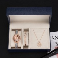 العلامة التجارية المرأة ووتش هدية مربع مجموعة سلسلة جودة عالية الكهربائية الزركون الماس قلادة له و hers المعصم