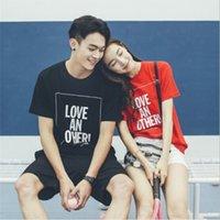 Aşıklar Moda Rahat T-Shirt Mektup Baskı Streetwear Tshirt Erkek Kadın Giyim Mürettebat Boyun Yaz Tees Siyah Kırmızı Tişörtleri Top S-3XL_YW