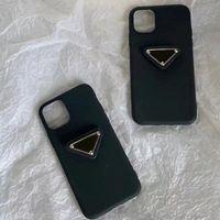 Triángulo blanco y negro Etiqueta de silicona iPhone12 / 13/11 Pro Max Luxury Women Hombres para hombre Moda Moda Casos ajustados D2109176HL