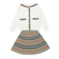 아이 디자이너 옷 여자 소녀의 가을 드레스 2020 새로운 니트 카디건 짧은 치마 두 조각 816 v2
