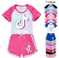 Tiktok Enfants Vêtements Enfants Tenues d'été Enfants Bébé Bébé Vêtements Vêtements Tracksuit Tik Tok Shorts Loisirs Sport Suit Tracksuits GG40Y46T