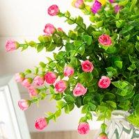 미니 실크 인공 장미 꽃 가짜 플라스틱 잎 가짜 부시 30 머리 야외 정원 장식 흰색 울타리 벽 장식