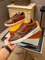 2021 Son Moda Yüksek Üst Erkek Ayakkabı Rahat Nefes Spor Kişilik Lüks Iş Rahat Seyahat Botları Zapat Kod 38-45