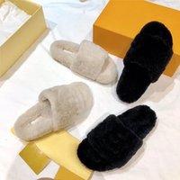 Feuille de vison luxueux Fourrure Femmes Pantoufles Soft Flat Open-Toe Slip-One Slip-Oee avec des initiales surdimensionnées Mode Lightweight Homey Mule Taille 34-42