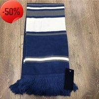 2021 Небольшой квадратный шарф вышитый синий термический печать Y букв простой зимний сплошной цвет пара