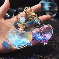 Keychains Creative Acrylic Liquid Quicksand Love Keychain Glitter Heart Shine Car Key Chain Women Bag Pendant Laser Rope Crystal Accessory