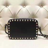 Bagred Quality Designers Black Top Colors Handbags Crossbody Flat Bag Rivet Square Clutch Bags Camera Gold Nude Small Red Pink Sxrgd
