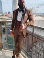갈색 남자 정장 숄 옷깃 신랑 남성 턱시도 슬림 맞는 결혼식 망 정장 Ropa Hombre (자켓 + 바지 조끼) 블레이저