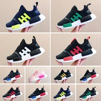 Top Quality NMD R1 Primeknit Runner Running Shoes For Kids OG Release Triple Black stylist Sport Sneakers Trainers 24-35