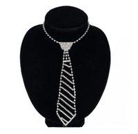 Avrupa ve Amerikan takı elmas kravat uzun kolye kadın yay moda set giyim