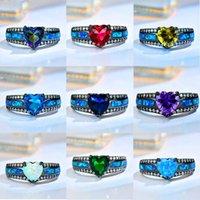 Boho Femelle Rainbow Coeur Crystal Bague Classique 14kt Noir Gold Bagues de mariage pour femmes Vintage Pierre d'opale Grand Engagement