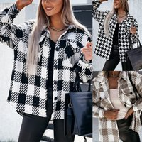 New Style Woman Woolen Jacket Black And White Aound Neck Korean Version Slim V-neck Short Autumn Coat