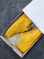 1 University Gold One Shoes MCA Low Off Metallico Argento Blu 07 Volt Bianco Black Forces Uomo Designer Designer Stretta di sport all'aperto Sneakers