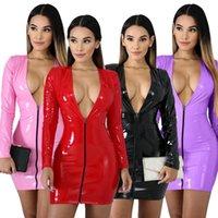 2021 Couleur Imitation Robe en cuir Zipper PU Haute Élastique Jumpsuit à col en V haute Élastique Jupe courte à quatre côtés Jupe à bras en cuir élastique