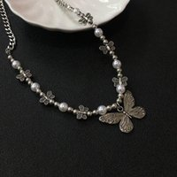 Chains Imitate Pearl Necklace Withbutterfly Pendant Acrylic Chain Clavicle Hip Hop Jewelry Punk Choker Personality Chian