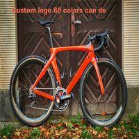 Пользовательские Red Carbon Road Bike RB1K Один полный велосипед с 105 R7000 GUIDGS Комстера Полный карбон велосипедный велосипед