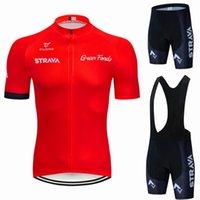 Kırmızı Strava Pro Bisiklet Takımı Kısa Kollu erkek Bisiklet Jersey Yaz Nefes Giyim Setleri Yarış
