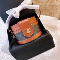 Bolsas de lujo sencillo nuevo 2021 Moda bolsa de cubo ocio textura avanzada gran capacidad de un solo hombro bolsa bolsa bolsa bolsa de almacenamiento bolsas
