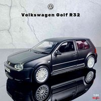 Maisto New 1:24 Volkswagen Golf R32 simulation alloy car model collection gift toy boys Toys
