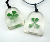 100 pcs Handmade Pendant Natural Real Dried Lucky Four Leaf Clover Resin Locket Jewelry