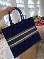 2021 Новая большая сумка для покупок Высокое качество женской классической моды вышитые роскоши дизайнерская сумка для сумочек дамы повседневная сумка на плечо