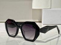 Erkekler ve Kadınlar için Güneş Gözlüğü Yaz Stil Anti-Ultraviyole 16W-S Retro Düzensiz Plaka Tam Çerçeve Moda Gözlükler Rastgele Kutu