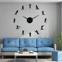 Cricket Player Large Wall Watch Sportsman Silhouette DIY Giant Clock Sport Boys Teen Room Decor Cricketer Silent Movement Clocks