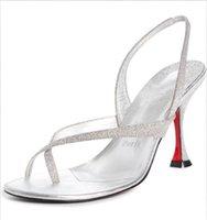 Свежие женские сандалии босоножки красные днища сандалии женщин стройные низкие каблуки сексуальная леди таралита современные ретро стили каблуки флип флоп мода сандалии