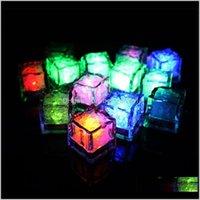 장식 이벤트 축제 용품 홈 정원 드롭 배달 2021 아이스 큐브 물 - 활성화 된 LED 빛은 물 음료에 넣어 매트로