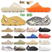 Com Box Slides Sapatos Chinelos Moon Grey Enflame Laranja Sandálias Plataforma Tênis Masculino Feminino Infantil Runner Areia Deserto Areia Resina Sapatilhas Moda Osso 32-47