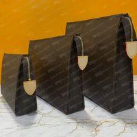 Bolsa de aseo M47542 Bolsa Diseñador Bolsos de moda para mujer Teléfono de lienzo de lienzo Cosmética Mini Pochette Aseo Caso de belleza Accesorios de alta calidad