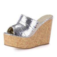 Тапочки Европа Америка Мода Щепка / Золотые высокие каблуки для женщин Платформа Клинья Сандалии Sexy Cool Большой размер 40-43