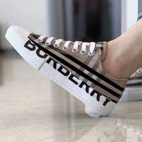 2021 Hombres Vintage Comprobar zapatillas de lona Zapatillas de diseño para mujer Zapatos de diseñador Black Beige Runner Entrenadores Zapatillas al aire libre Calidad superior con el tamaño de la caja 35-45 Color 12 NO288
