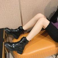 Зимние теплые ботинки женщины пряжки ботинки с меховыми туфлями женские лодыжки вещевые повалы британский стиль женские ботас муджер черные ботинки13