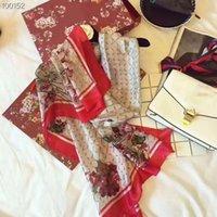 Sciarpe di primavera / estate Brands Designer Scialle Shiny Sciarpa di seta 100% Sciarpa di seta Moda uomo e donna involucri sottili