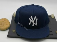 2021 Sombreros ajustados para hombre Cordones de béisbol fresco Visa plana para adultos Ciudad de Nueva York Hip Hop Fitted Cap Hombres Mujeres Completa Cerrado Gorra